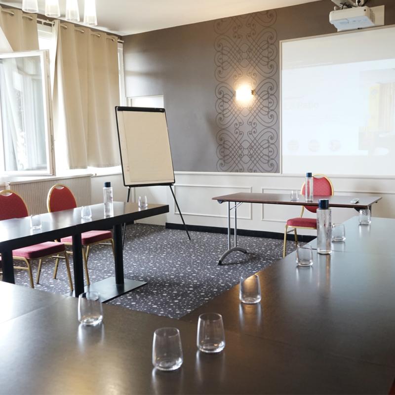 Salle de séminaire et réunion à Poitiers Imola 4